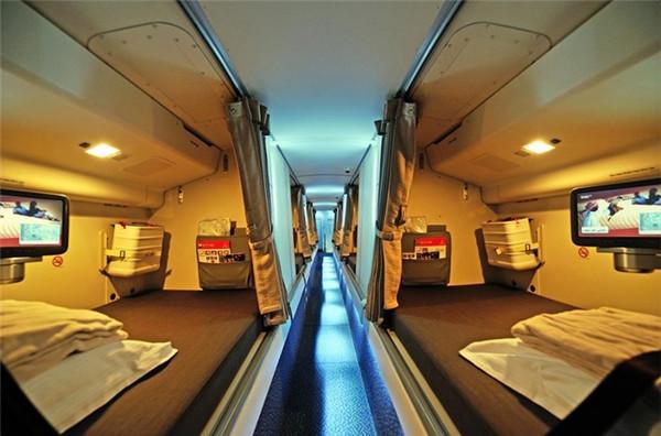 空姐们在飞机上是有卧室的