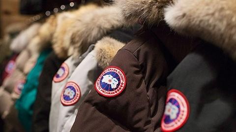 加拿大鹅为展示羽绒服保暖性,将在门店安冰窖