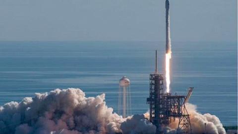 SpaceX获得2.97亿美元军事发射合同,与波音分庭抗礼