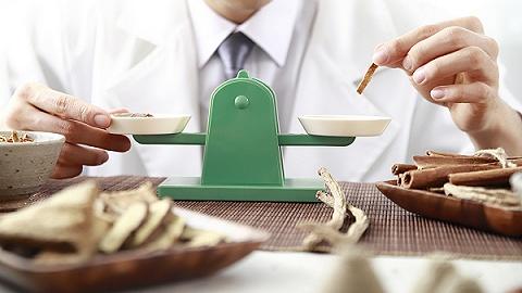 阿斯利康与绿叶制药合作推动血脂康全球商业化,中医药国际化还有几道难关?