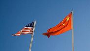 """""""贸易战不能解决问题,只能导致两败俱伤""""——访全国政协经济委员会副主任刘世锦"""